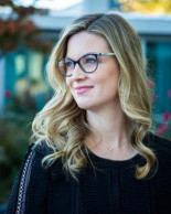 Leer Noticia - Ella demandó por discriminación por embarazo. Ahora está luchando contra el ejército de abogados de Google (ENG)