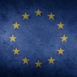 Leer Noticia - Multa a Google de 1.490 millones de euros por competencia desleal
